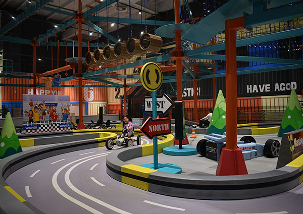 Racing Track Indoor Playground4
