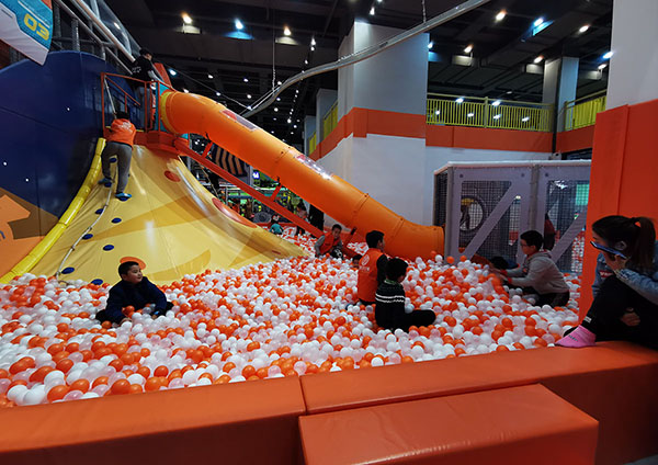Volcano Slide Indoor Playground5