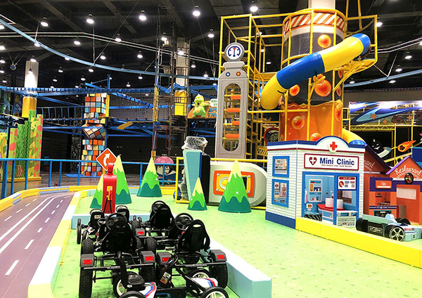 Racing Track Indoor Playground1